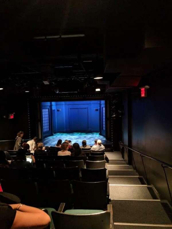 DR2 Theatre, vak: RESV, rij: L, stoel: 1