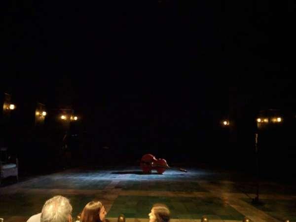 The Newman Theater at the Joseph Papp Public Theatre, vak: 1, rij: D, stoel: 8
