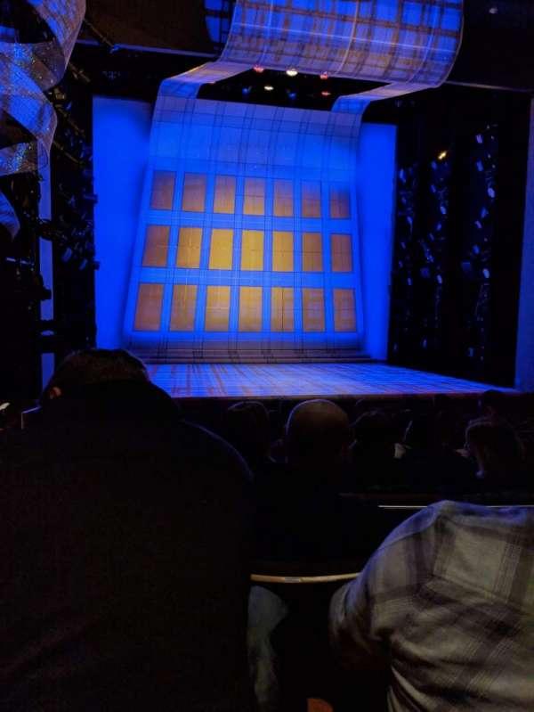 Alice Griffin Jewel Box Theatre, vak: ORCH, rij: J, stoel: 112