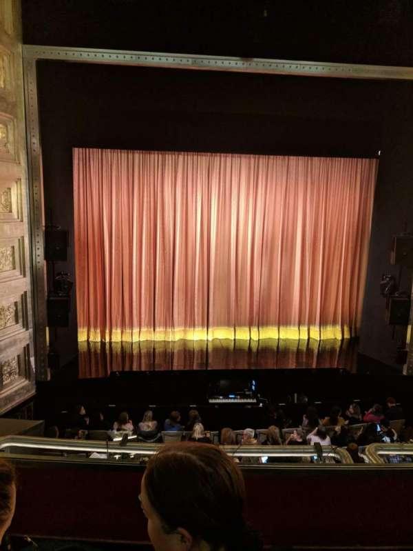 Savoy Theatre, vak: Dress Circle, rij: B, stoel: 19