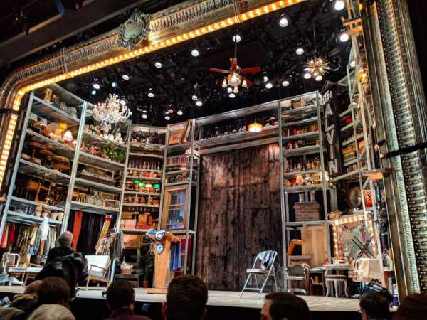 Laura Pels Theatre, vak: ORCH, rij: F, stoel: 8