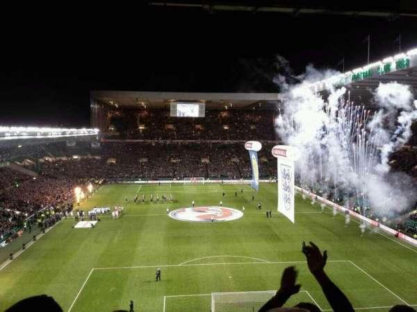 Celtic Park, vak: 417, rij: F