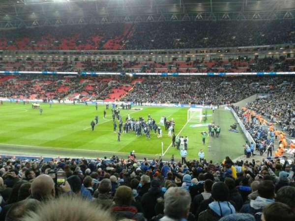 Wembley Stadium, vak: 118, rij: 30, stoel: 230