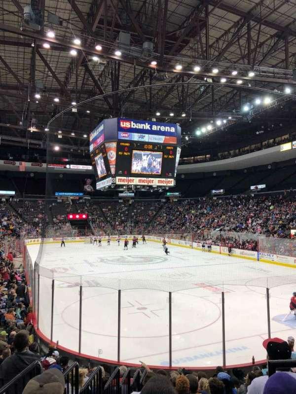 US Bank Arena, vak: 138, rij: M, stoel: 11