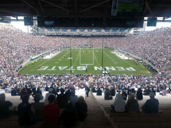 Beaver Stadium, vak: NF, rij: 60, stoel: 2