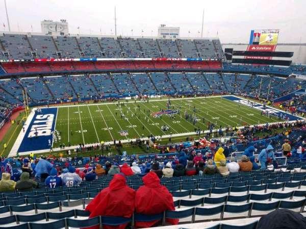 New Era Field, vak: 336, rij: 25, stoel: 14