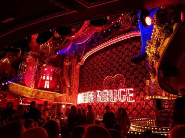 Al Hirschfeld Theatre, vak: orchestra r, rij: N, stoel: 22
