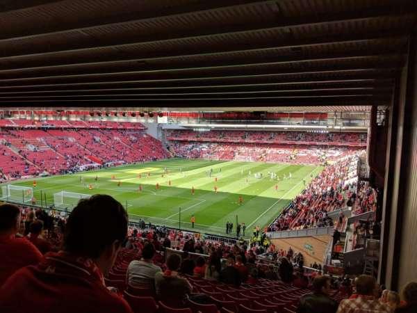 Anfield, vak: Kop 308, rij: 61, stoel: 4