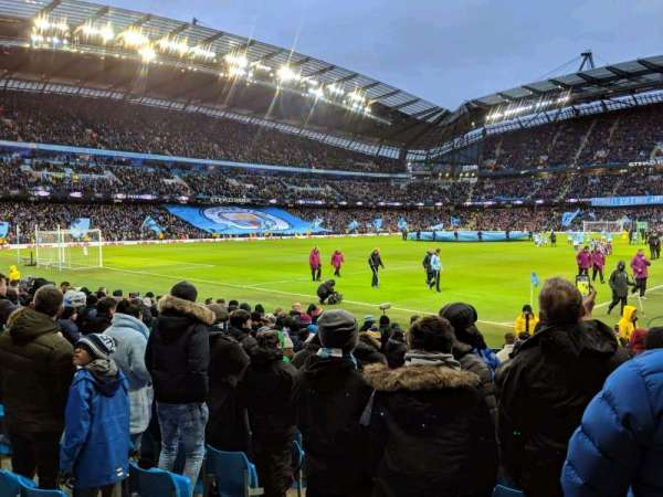 Etihad Stadium (Manchester), vak: 132, rij: K, stoel: 885