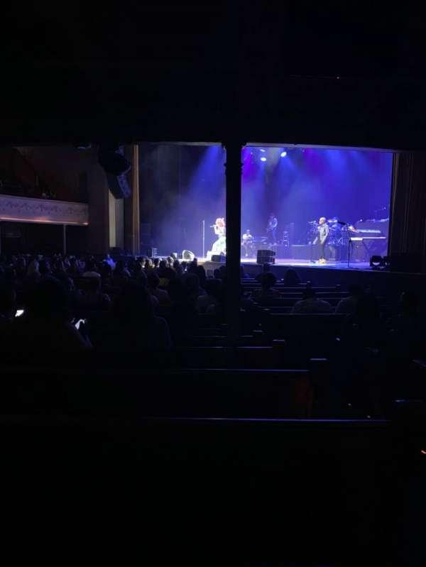 Ryman Auditorium, vak: MF-2, rij: S, stoel: 2