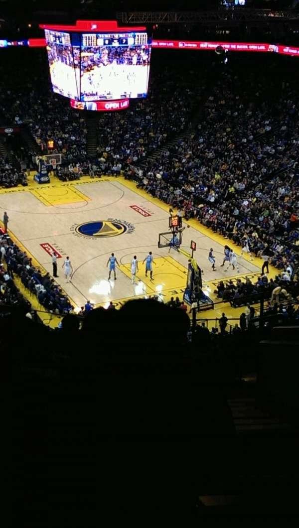 Oakland Arena, vak: 227, rij: 10, stoel: 1