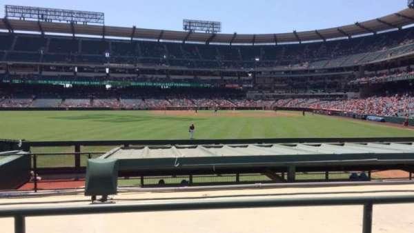 Angel Stadium, vak: P258, rij: H, stoel: 9