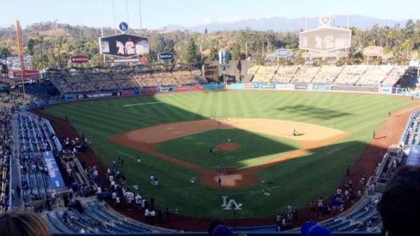 Dodger Stadium, vak: 1RS, rij: E, stoel: 11