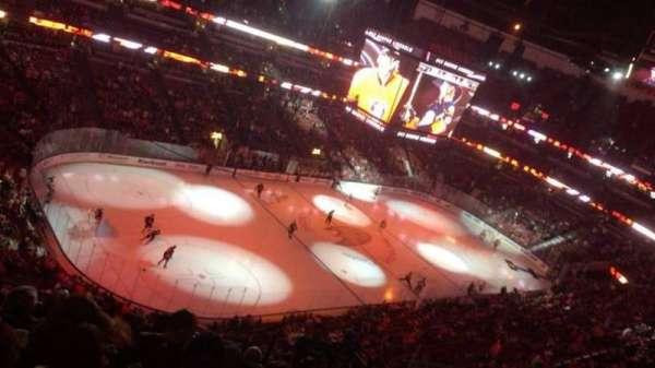 Honda Center, vak: 439, rij: M, stoel: 5