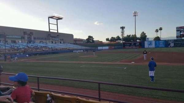 Cashman Field, vak: 18, rij: D, stoel: 8
