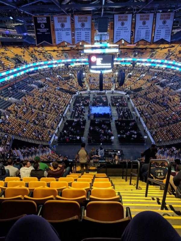 TD Garden, vak: BAL 324, rij: 15, stoel: 1