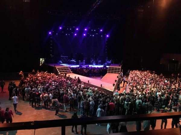Bill Graham Civic Auditorium, vak: 218, rij: B, stoel: 3