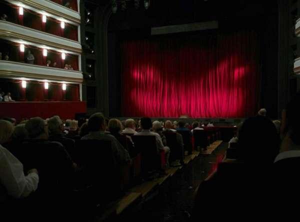 Volksoper Wien, vak: Parkett Rechts, rij: 19, stoel: 8
