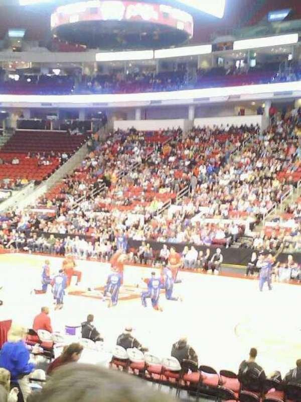 PNC Arena, vak: 117, rij: L, stoel: 3