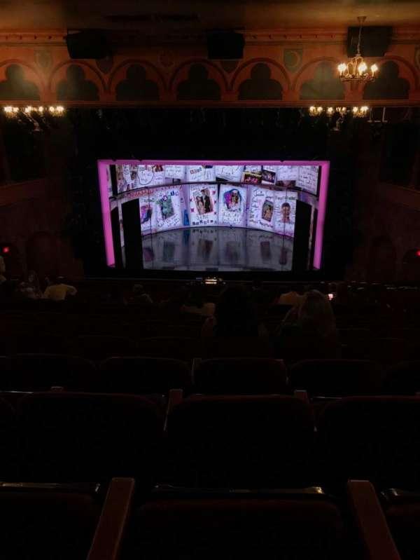 August Wilson Theatre, vak: Mezz, rij: P, stoel: 105
