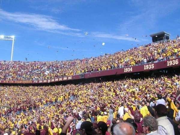 TCF Bank Stadium, vak: 135, rij: 17