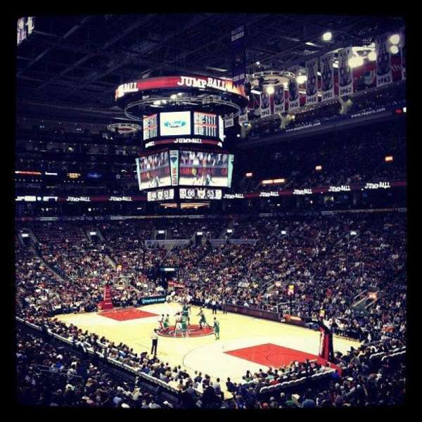 Scotiabank Arena, vak: 105, rij: 26, stoel: 5