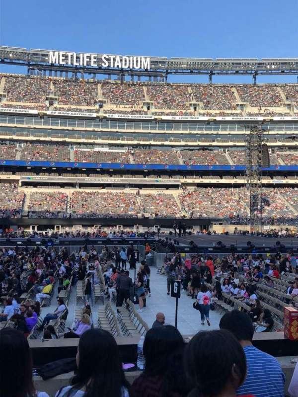 MetLife Stadium, vak: 139, rij: 9, stoel: 26