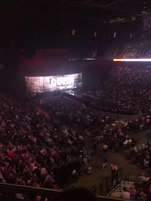 Mohegan Sun Arena, vak: 115, rij: B, stoel: 8