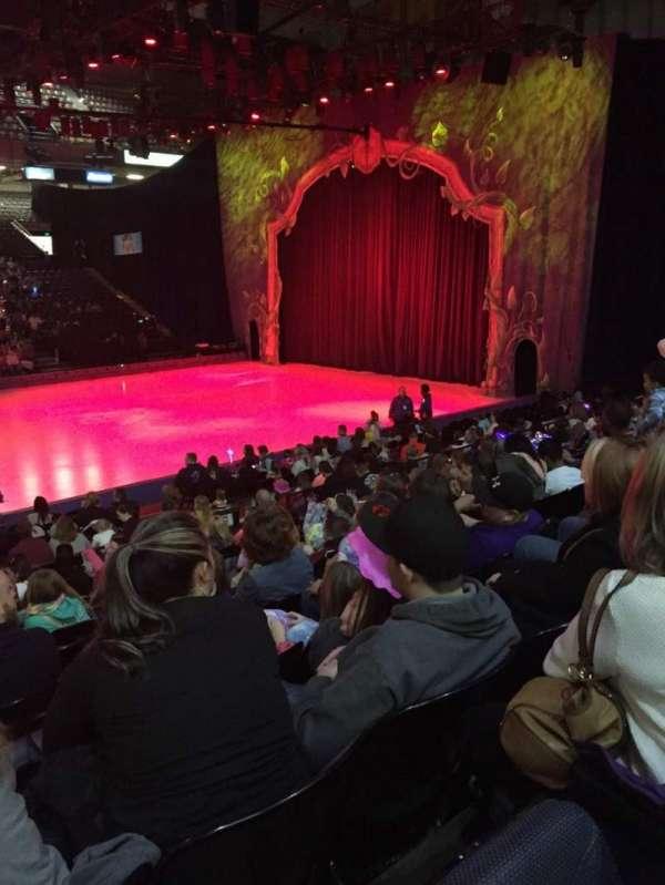 Royal Farms Arena, vak: 110, rij: L, stoel: 12