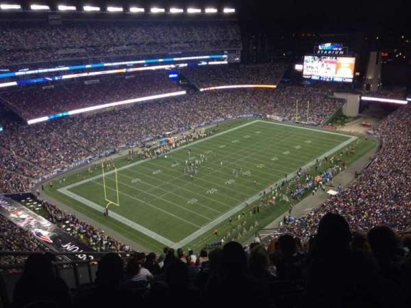 Gillette Stadium, vak: 318, rij: 24, stoel: 9