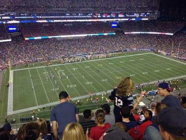 Gillette Stadium, vak: 312, rij: 7, stoel: 3