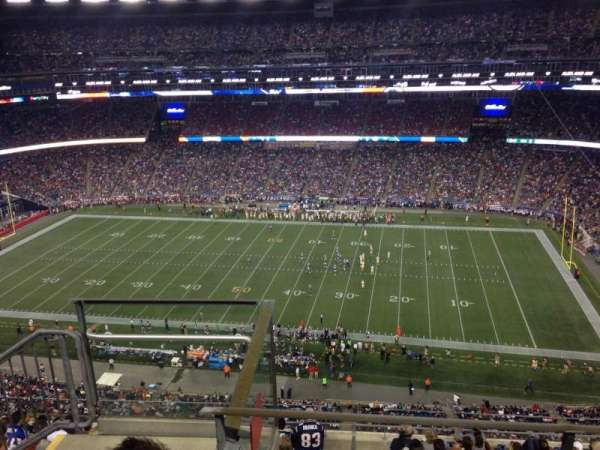 Gillette Stadium, vak: 306, rij: 7, stoel: 25