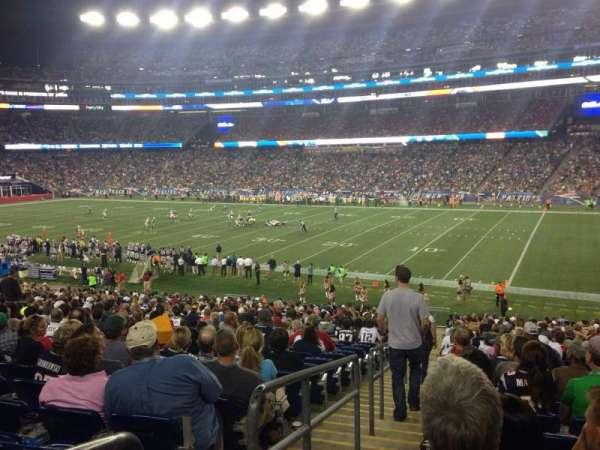 Gillette Stadium, vak: 105, rij: 34, stoel: 16