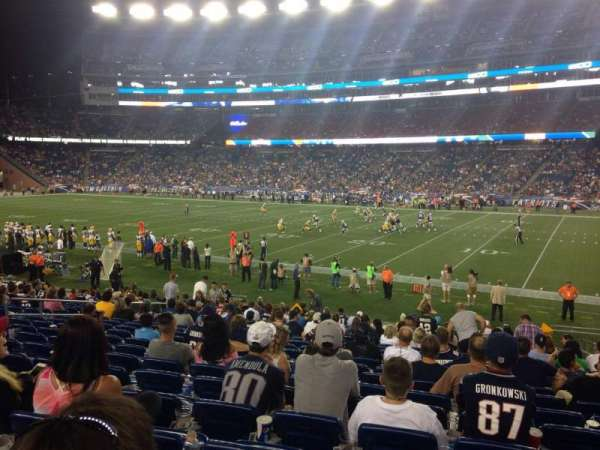 Gillette Stadium, vak: 128, rij: 21, stoel: 5