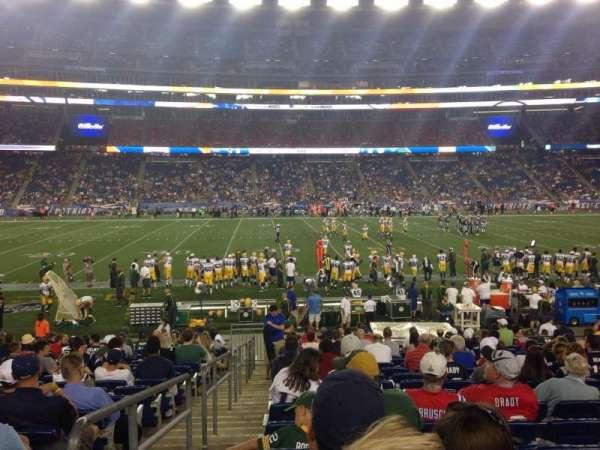 Gillette Stadium, vak: 132, rij: 18, stoel: 21