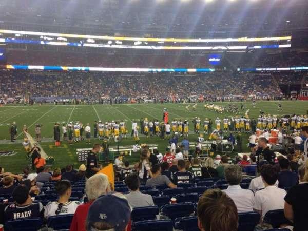 Gillette Stadium, vak: 133, rij: 15, stoel: 8