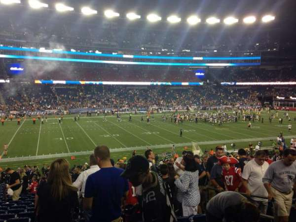 Gillette Stadium, vak: 135, rij: 32, stoel: 5