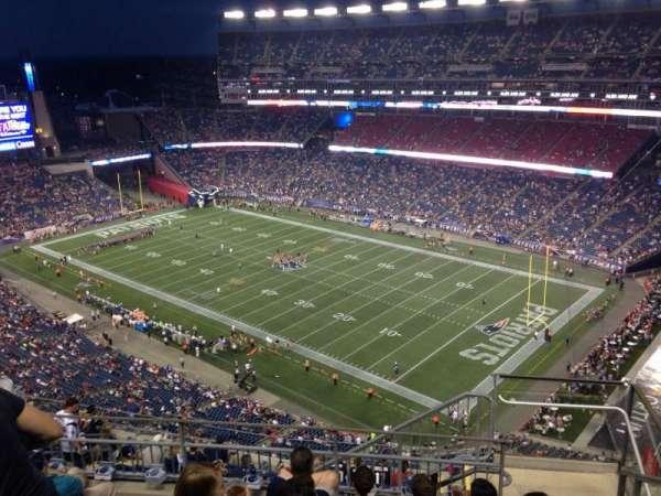 Gillette Stadium, vak: 325, rij: 13, stoel: 2