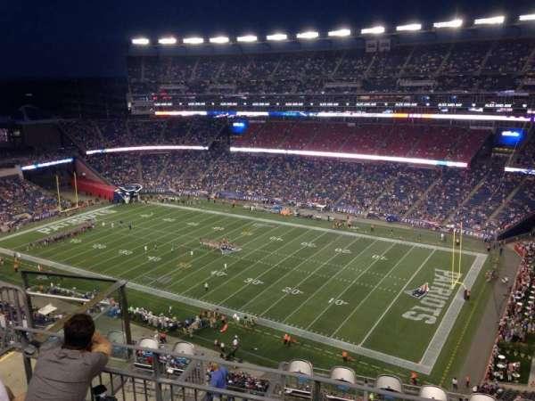 Gillette Stadium, vak: 326, rij: 11, stoel: 15