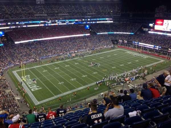 Gillette Stadium, vak: 337, rij: 17, stoel: 12
