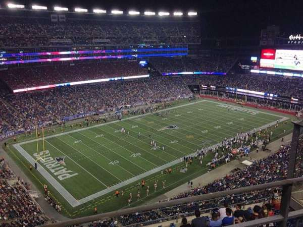 Gillette Stadium, vak: 338, rij: 9, stoel: 6