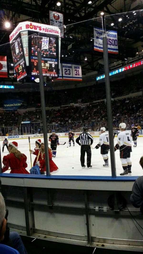 Old Nassau Veterans Memorial Coliseum, vak: 113, rij: 2, stoel: 1