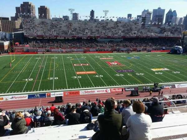 Percival Molson Memorial Stadium, vak: i2, rij: 10, stoel: 18