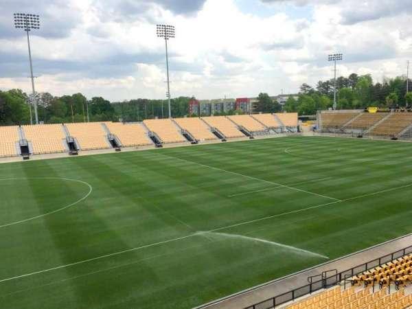 Fifth Third Bank Stadium, vak: 103 Outdoor Bay Suite, rij: 1