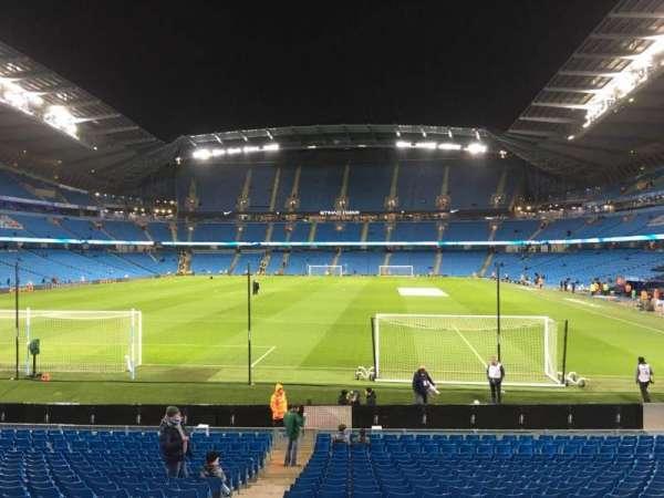 Etihad Stadium (Manchester), vak: 136, rij: W, stoel: 985