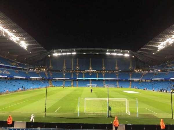 Etihad Stadium (Manchester), vak: 137, rij: X, stoel: 1030