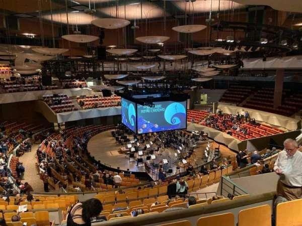 Boettcher Concert Hall, vak: Mezz 2, rij: O, stoel:  3