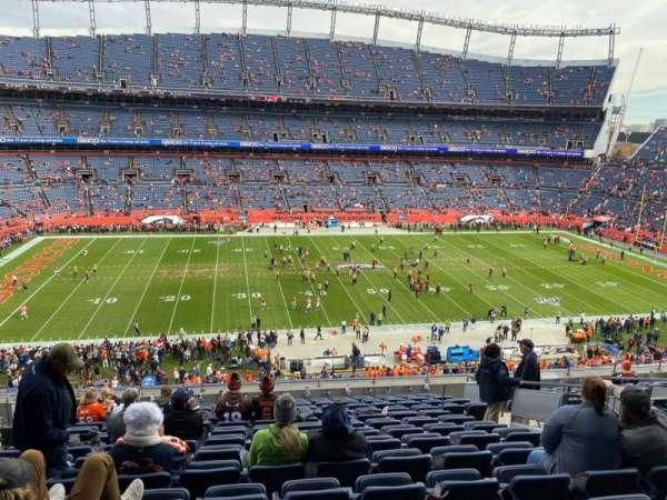 Empower Field at Mile High Stadium, vak: 311, rij: 14, stoel: 9