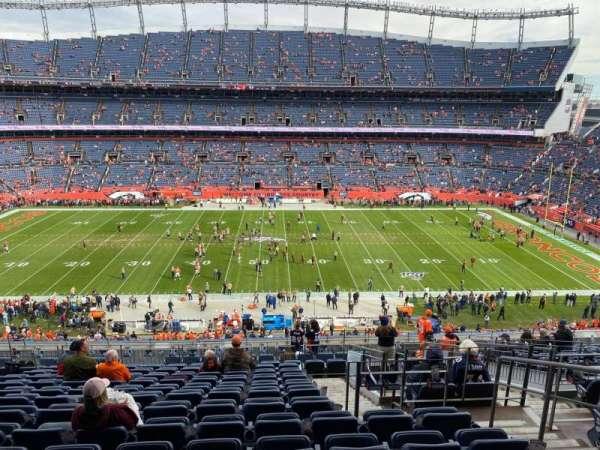 Empower Field at Mile High Stadium, vak: 309, rij: 16, stoel: 4