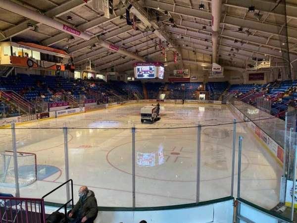 1st Summit Arena, vak: 10, rij: G, stoel: 6